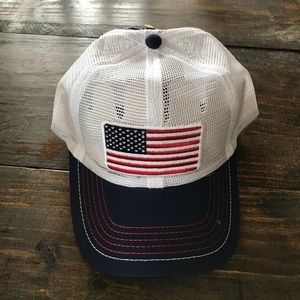 Other - NWT USA America Snap Hat